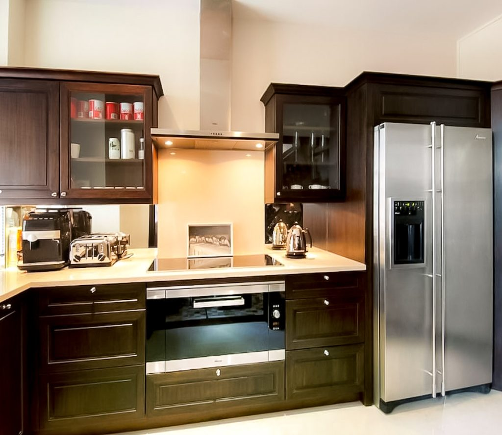 Moose condo reno kitchen design