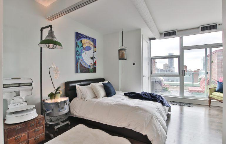 amazing bedroom in condo apartment - condo renovations etobicoke