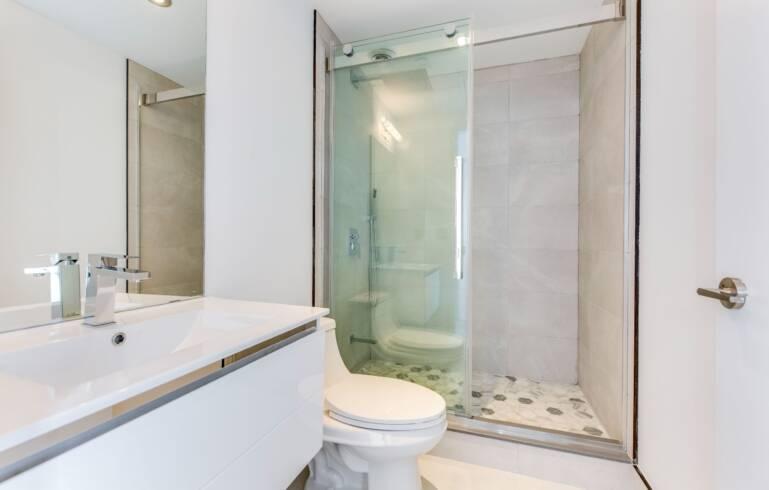 bathroom renovation condo