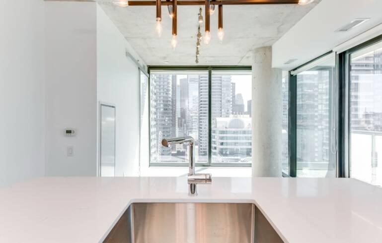 kitchen condo renovations