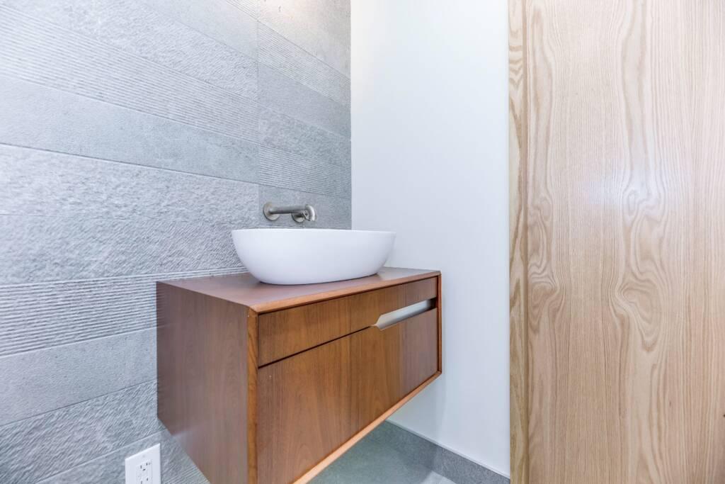 Condo Bathroom Remodeling Toronto