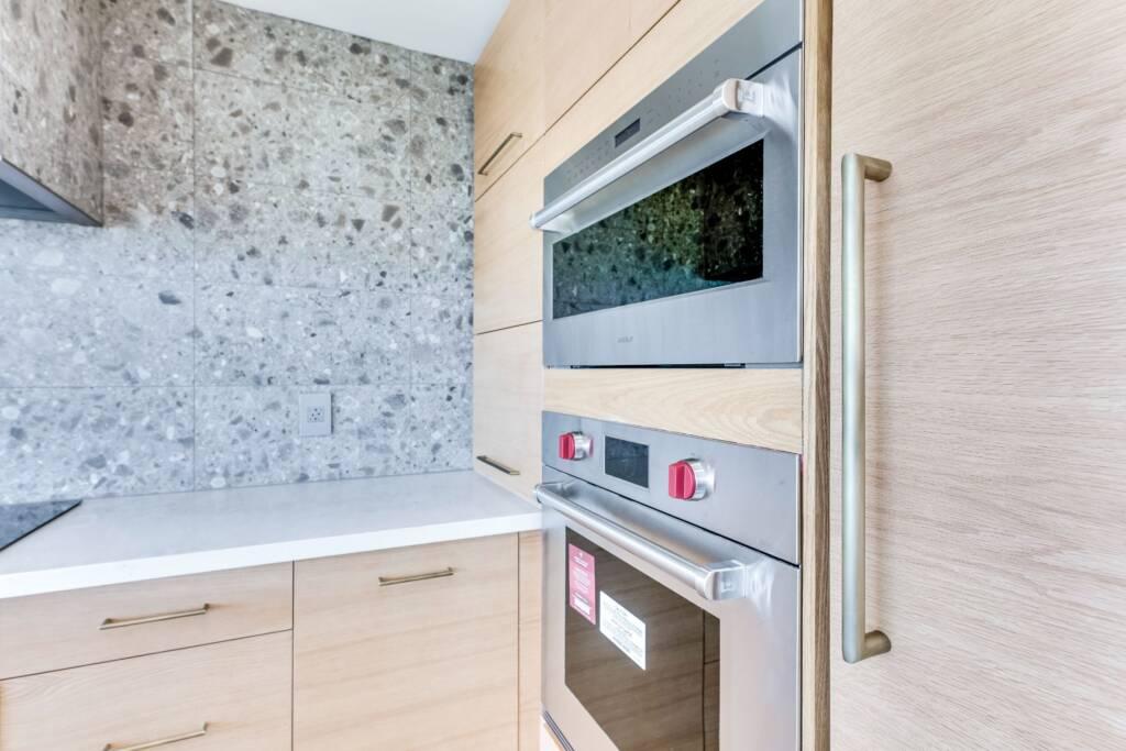 Barrie Condo Kitchen Renovation