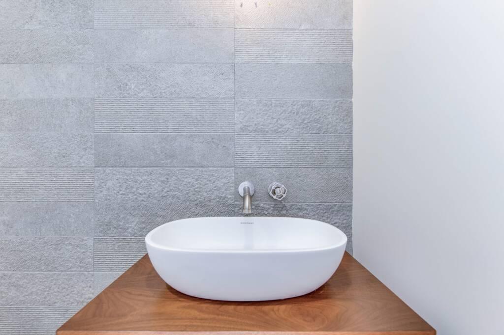 Condo Bathroom Renovation Nobelton