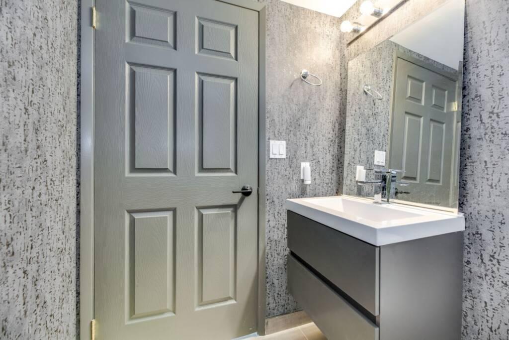 bathroom renovations cost toronto